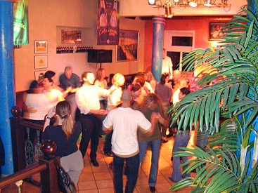 Simply Salsa in Monheim bei Düsseldorf: Virginia